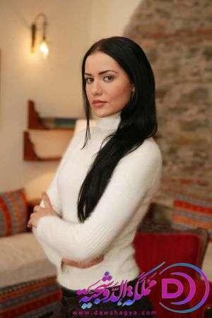 نجلا بطلة المسلسل التركي الاوراق المتساقطة اجمل البطله